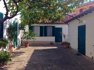 Cozy 2 bedroom Antignano House with Television - Antignano vacation rentals