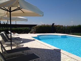 GATTI- Appartamento autonomo in Agriturismo - Montecampano vacation rentals
