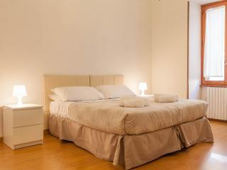 Zia Guest House - Rome vacation rentals