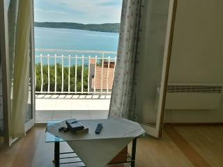 MARE S PLACE - Trogir vacation rentals