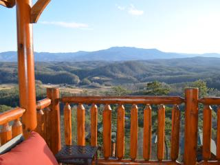 Luxury Vacation Cabin-Majestic SmokyMountain View! - Pigeon Forge vacation rentals