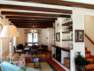 Quinta do Rol - Casa da Águia - Lourinha vacation rentals