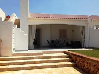 Charming House with A/C and Tennis Court - Ostuni vacation rentals
