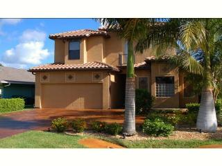 Bright & Modern Home W/ Pool, Spa & More - Naples vacation rentals