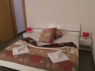 Romantic 1 bedroom Ivan Dolac Condo with Television - Ivan Dolac vacation rentals