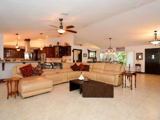 Luxurious 4 bedroom, 3 bathroom - Fort Lauderdale vacation rentals