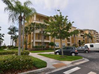 luxurious 3 bedroom, 2 bathroom condo - Orlando vacation rentals