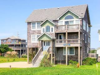 Comfortable House with Internet Access and Private Outdoor Pool - Hatteras vacation rentals