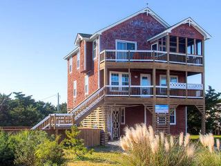 Nice 4 bedroom House in Avon with Internet Access - Avon vacation rentals