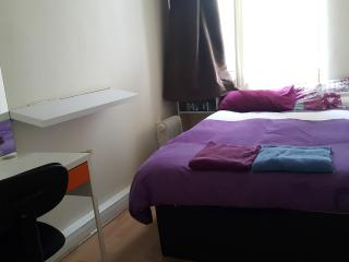 2 bedroom apartment in Chinatown - Newcastle upon Tyne vacation rentals