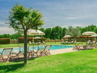 Apartment  Fienile in a Country House in Tuscany - Tavarnelle Val di Pesa vacation rentals