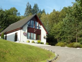 Twin Bedded Self Catering Studio by Loch Ness - Invermoriston vacation rentals