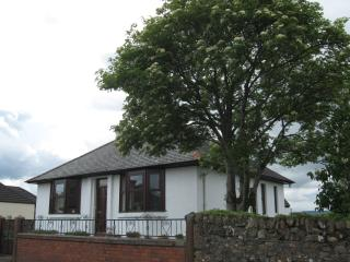 Perfect 2 bedroom Bungalow in Sanquhar with Internet Access - Sanquhar vacation rentals