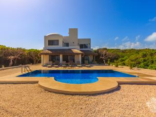 Beautiful House with Dishwasher and Water Views - Isla Mujeres vacation rentals
