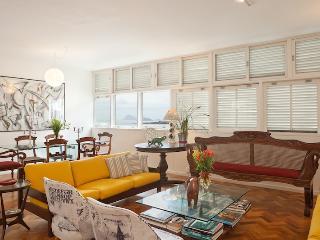 Rio54 - Ocean Apartment Copacabana - Rio de Janeiro vacation rentals