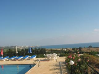 Perfect view,bungalow,en-suite,hospitality - Peyia vacation rentals