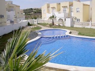 PR APT.  VILLAMARTIN.   Lovely, South facing apt, nr pool, aircon and Wifi - Villamartin vacation rentals