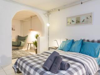 City Apartment in the Heart of Copenhagen by Metro - Copenhagen vacation rentals
