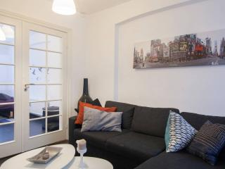 Modern Apartment - 800m to the Central Station - Copenhagen vacation rentals
