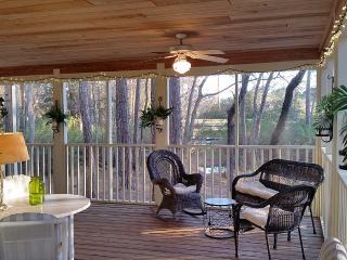 Bay Pine 8878-3BR-SanDestin-LakeFront w/Golf Cart-Screened Porch - Destin vacation rentals