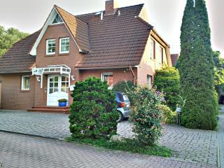 Helle und freundliche Ferienwohnung in Hamburg - Hamburg vacation rentals