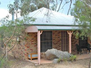 Honeysuckle Cottages Studio Spa Cottage - Stanthorpe vacation rentals