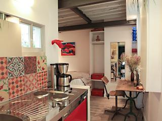 Studio design dans le marais 111 - Paris vacation rentals