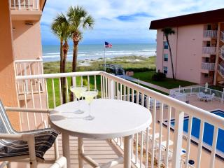 "** Spacious 3 Bedroom on Beach! 4 x 50"" LCD TV's * - Cocoa Beach vacation rentals"
