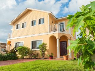 Zohar's House-Gated community, near beach/airport - Nassau vacation rentals
