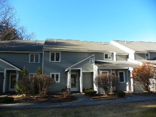 Riverfront Condo close to many White Mountain Attractions - Thornton vacation rentals