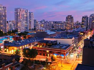 Beautiful Condo with Internet Access and A/C - Vancouver vacation rentals