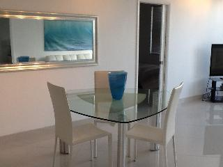 Beautiful 2 bedroom condo directly on beach - Hollywood vacation rentals