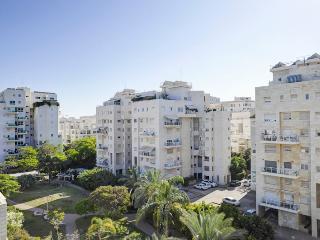 RAMAT AVIV PRIME - Tel Aviv vacation rentals