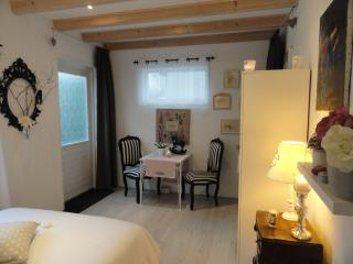 Nice Guest house with Internet Access and Iron - Almere vacation rentals
