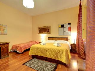 Spacious, classic Italian apartment, 2 bedrooms - Florence vacation rentals