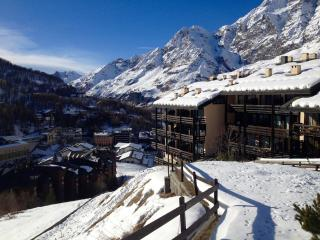 Apartment in Cervinia on the slopes - Breuil-Cervinia vacation rentals