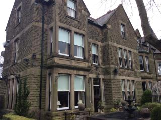 Authentic Victorian House Decorated in Style - Buxton vacation rentals