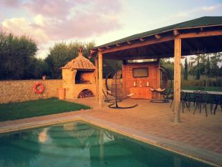 Ground floor apartment for 2 in Tuscan countryside - San Rocco a Pilli vacation rentals