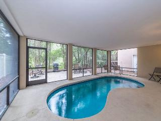 Crabline Court 32, Luxury 5 Bedrooms, Private Pool, Sleeps 12 - Hilton Head vacation rentals