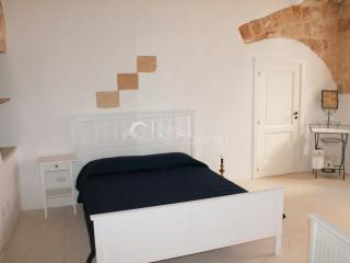 Typical apartment of charme in the old town - Specchia vacation rentals