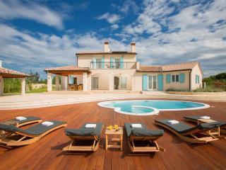 Villa Aurora - Bale vacation rentals