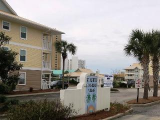 Beachwalk Villas 221, 3BR/2BA beachside condo!  Steps to the beach!!! - Destin vacation rentals