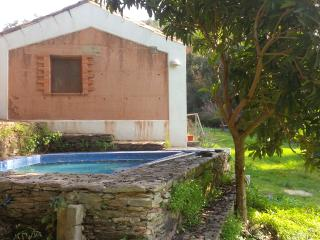 Casa do Tanque, peace and quiet within Nature - Odemira vacation rentals