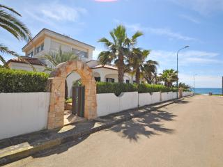 Villa Sunset - Torre Suda vacation rentals