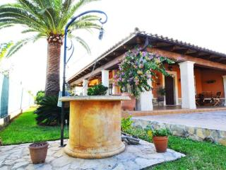 Splendid Villa Palmanyola with swimming pool - Palmanyola vacation rentals