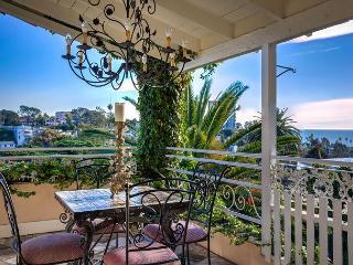 3BR/3BA Santa Monica Villa, Perched in the Hills, Ocean Views, Sleeps 7 - Santa Monica vacation rentals