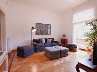 Angelo, modern and luminous with great location - Rome vacation rentals