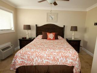 Ocean Dunes Villas 202 - 1 Bedroom 1 Bathroom Oceanview Flat - Hilton Head vacation rentals