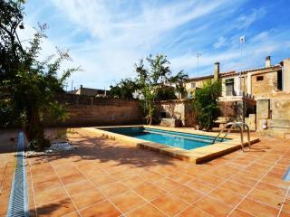 Rustic Villa Porreres perfect to discover Mallorca - Porreres vacation rentals