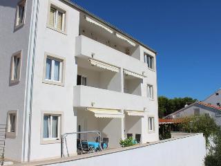 Apartmani Silva 3 - Sutivan vacation rentals